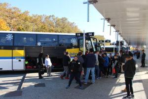 Arrivée à Grenoble et départ pour Lans en Vercors en Tran-Isère