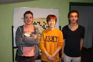 Mathieu et Tanguy autour de Miss CHO MIKYUNG